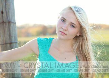 Emily-8517Elr