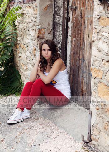 Anya-0957Elr